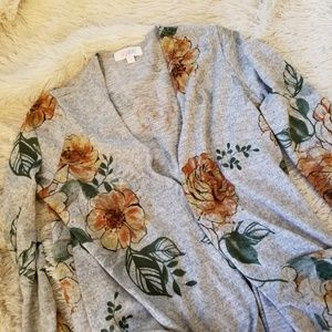 LulaRoe gray duster cardigan with rose print